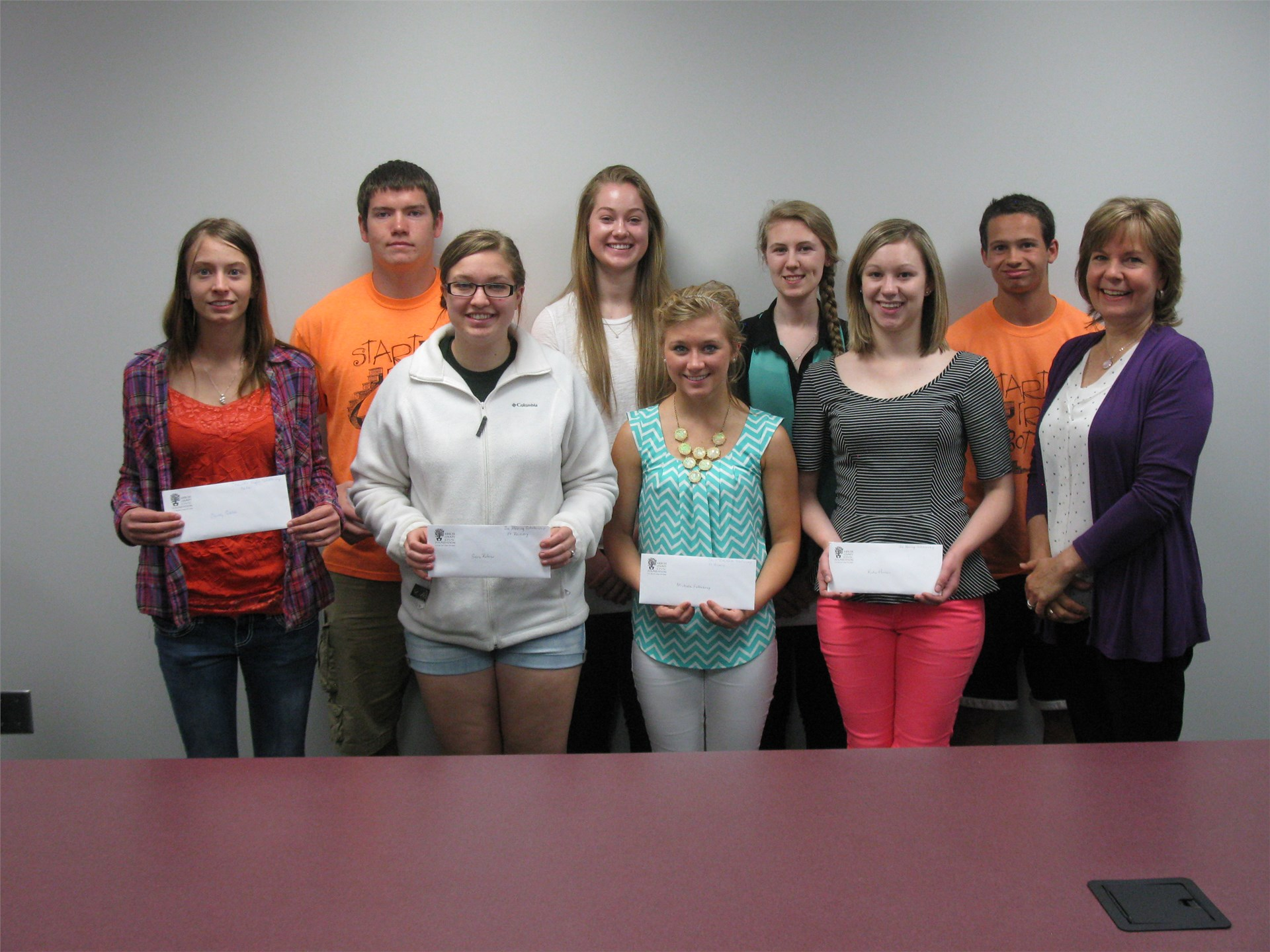 2015 Seniors receive scholarships from the Mercer County Civic Foundation